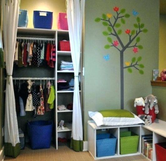 closet suspenso em quartil infantil