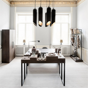 lustre preto para sala de estar