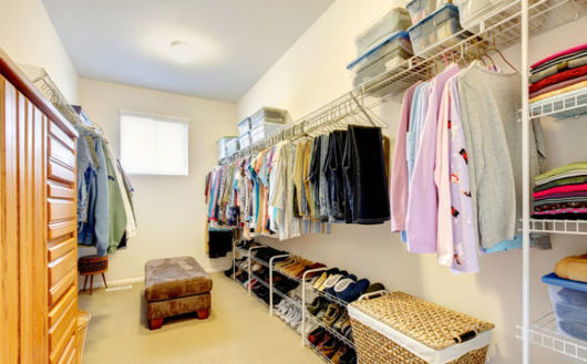 closet simples e funcional
