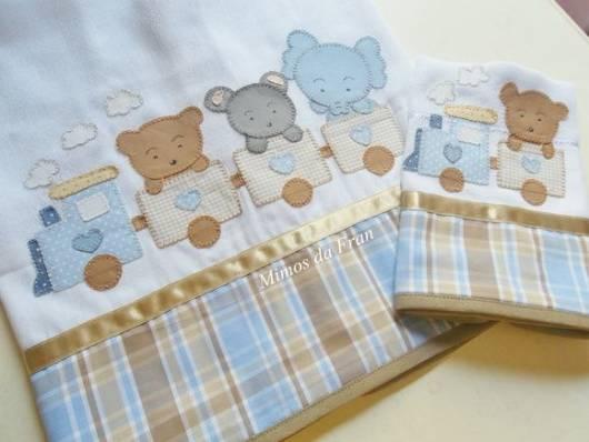 Fraldas bordadas com patchwork: bichinhos