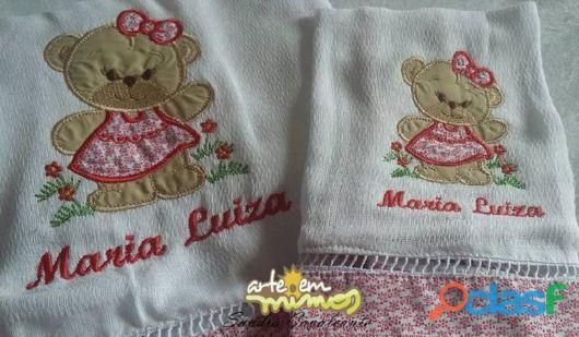 Fraldas bordadas: com nome Maria Luiza
