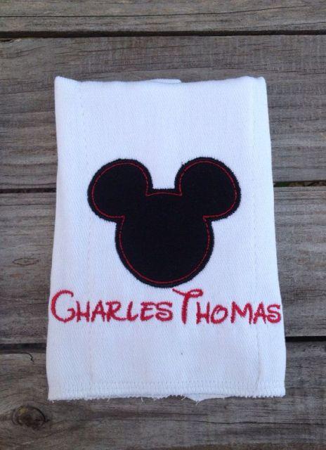 Fraldas bordadas Mickey com nome