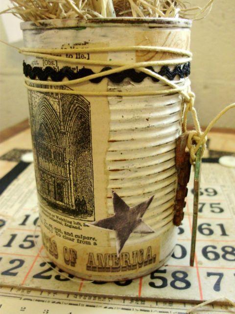 Latas decoradas vintage com cordão
