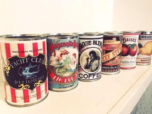 Latas decoradas vintage com imagem