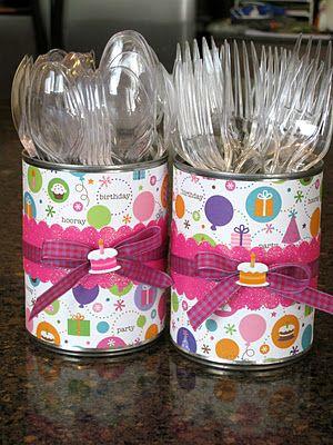 Latas decoradas para aniversário: doces