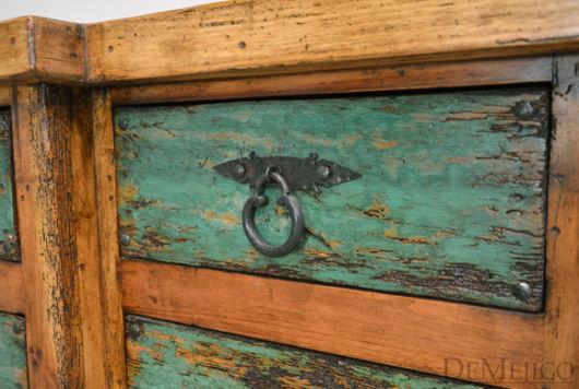 Pátina em madeira: cômoda verde