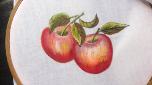 Pintura em tecido: maçãs