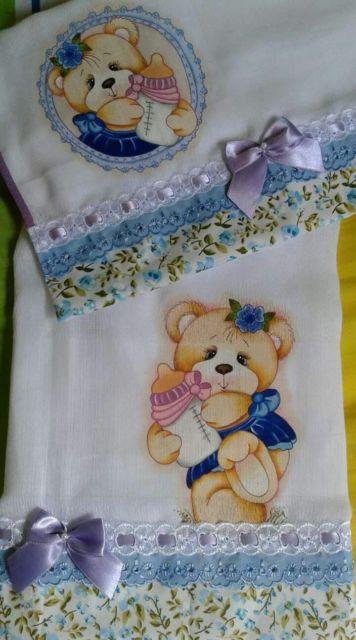 Pintura em tecido: fralda com ursinha