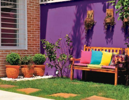 parede colorida jardim
