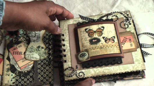 Scrapbook vintage com borboletas