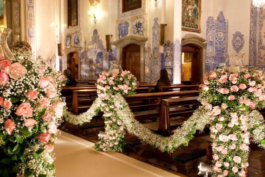 Arranjo de flores naturais para casamento