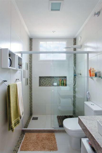 Banheiro planejado com pastilhas