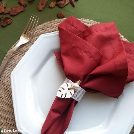 guardanapo simples vermelho