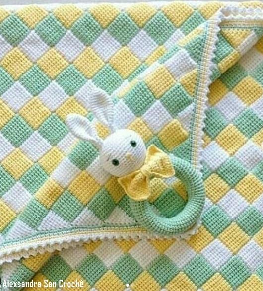 manta colorida bebê