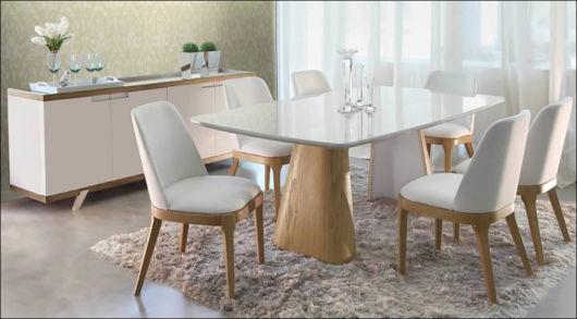 mesa laqueada