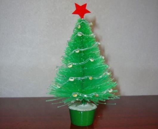 modelos de árvore de natal de garrafa PET
