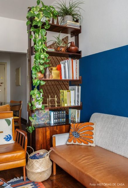 sala com sofá vintage