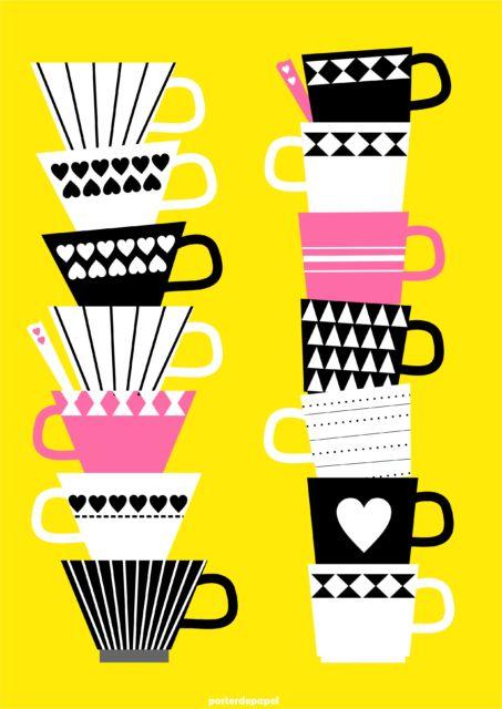 quadro amarelo de xícaras.