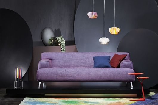 sofá roxo ultra moderno