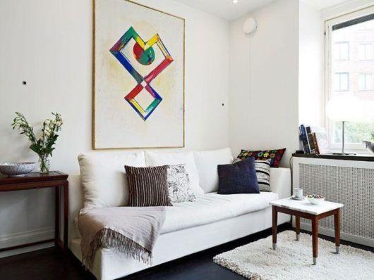 Sofá simples de 3 lugares