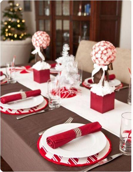 mesa simples decoração vermelha