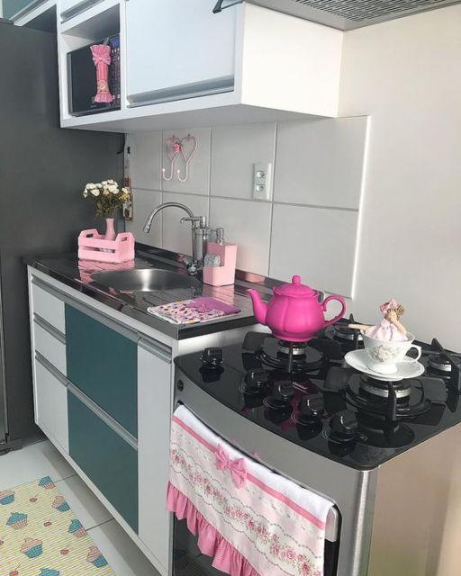 cozinha decorada rosa