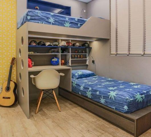 Organização de quarto com duas camas