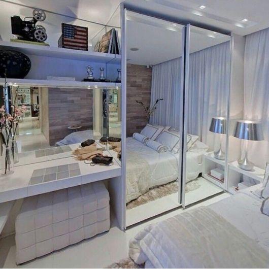 Como organizar quarto pequeno de casal