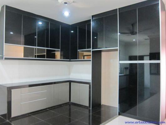 móveis de cozinha com espelho fumê