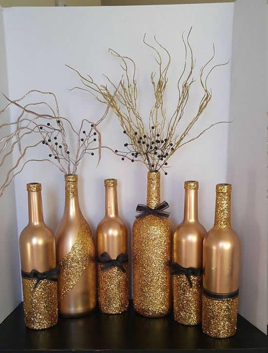Decoração de Ano Novo simples com material reciclado