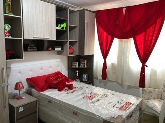 quarto de solteiro pequeno