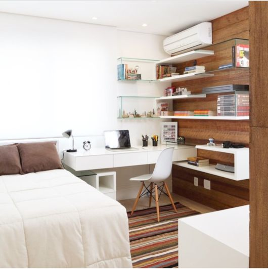 quarto com home office