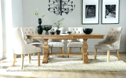 mesa de jantar retrô com poltronas