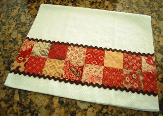 Pano de prato decorado com sianinha