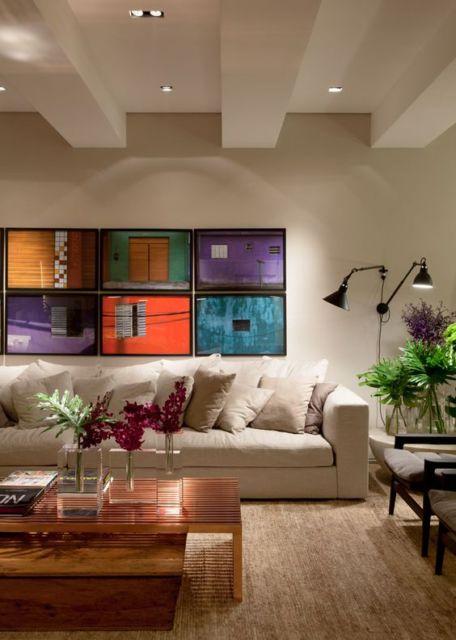parede de quadros coloridos