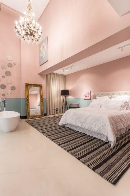 quarto moderno com banheira