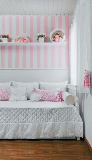 quarto infantil rosa e branco