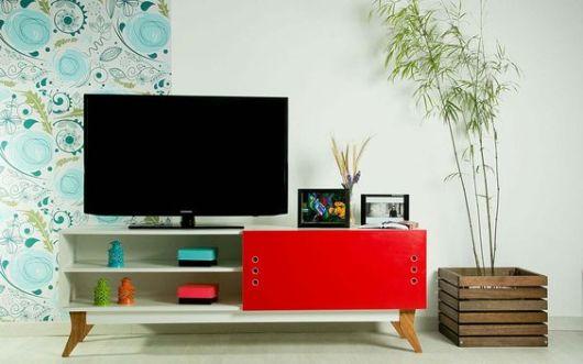 decoração com móvel vermelho