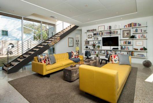 decoração sala com sofá de couro