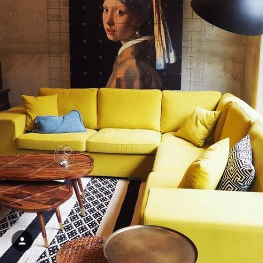 sala com sofá de canto