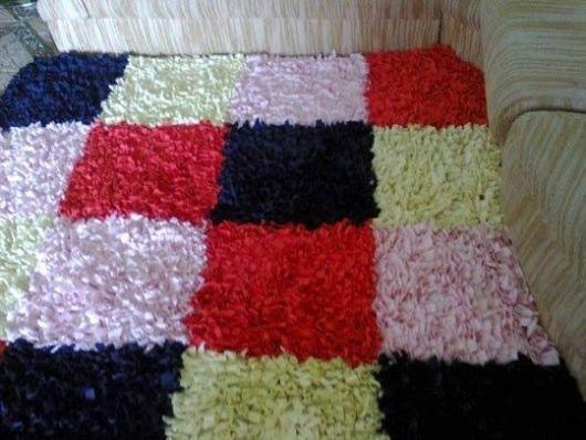 tapete colorido quadrado