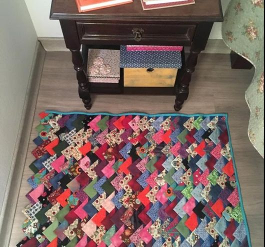 tapete colorido quarto