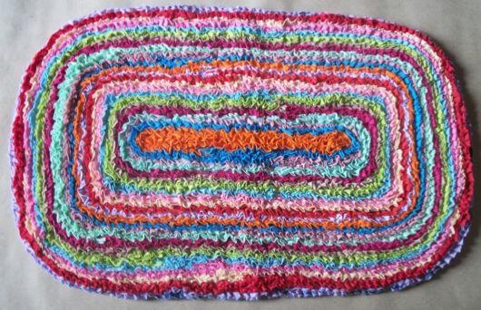 tapete colorido de malha