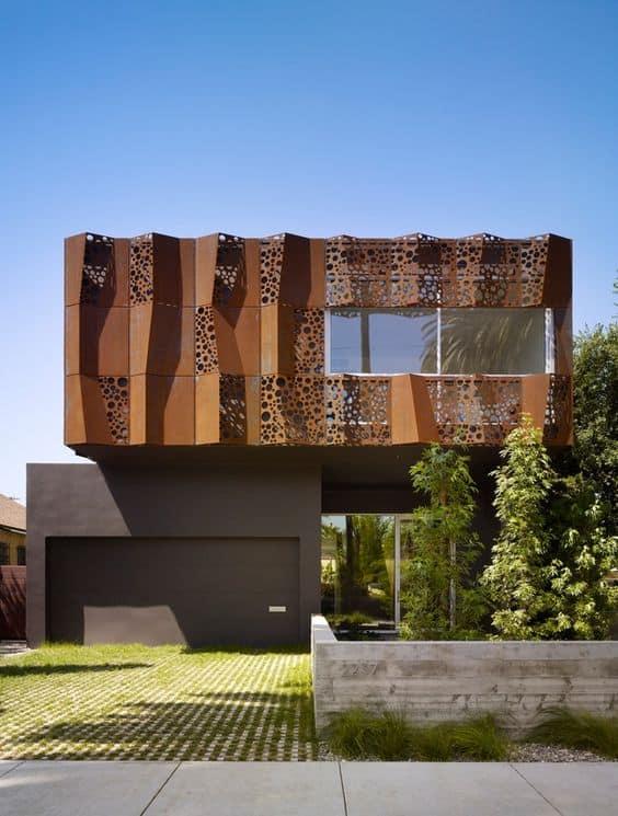 casa moderna com fachada de aço corten