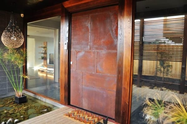 porta principal de ferro