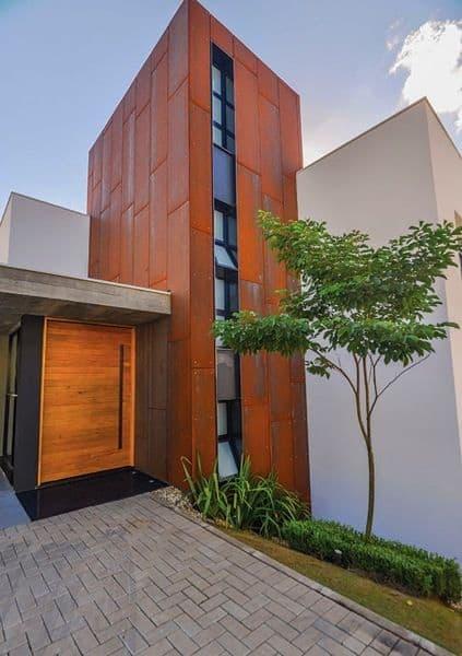 fachada casa com pé direito duplo