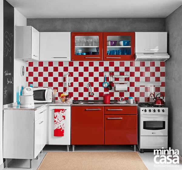 Cores que combinam com vermelho na cozinha