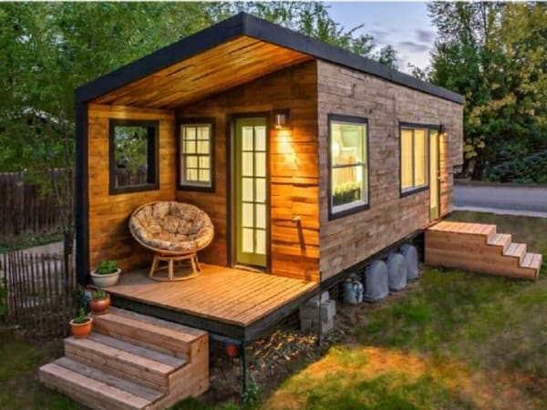 Modelo de casa pequena no campo contemporânea