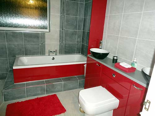 Banheiro vermelho