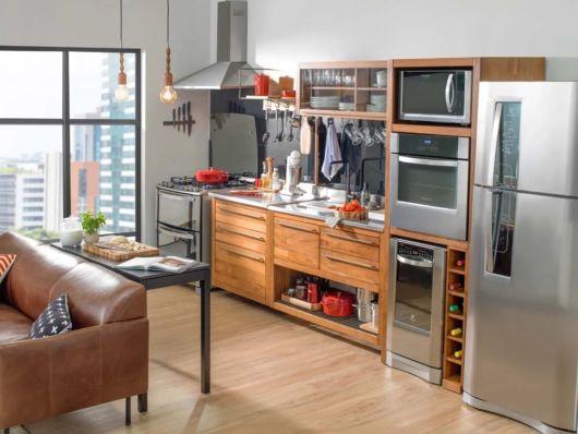 cozinha pequena e de madeira